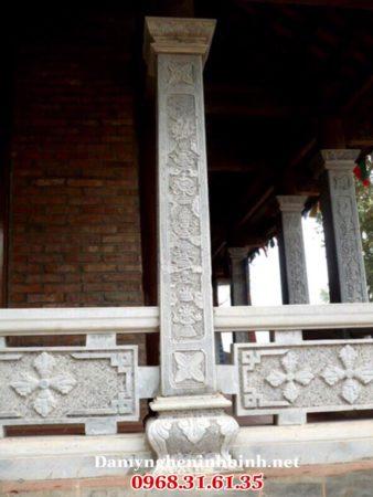 Cột đá đình chùa 13